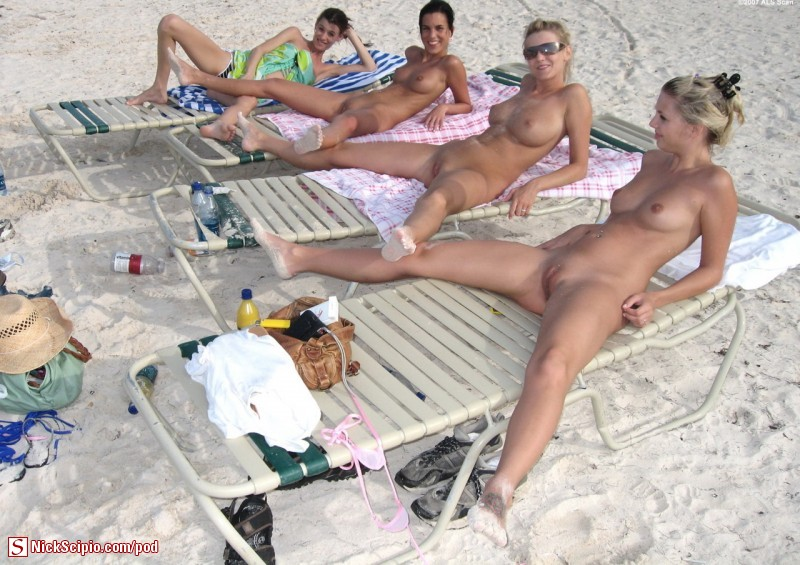 Beach spread trio